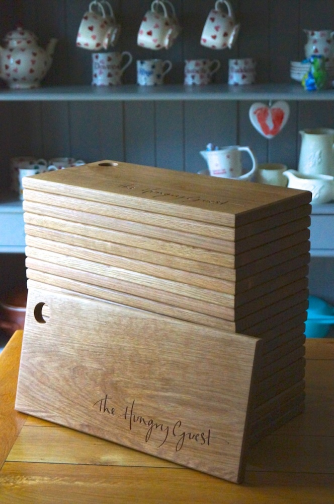 personalised-hungry-guest-chopping-boards-makemesomethingspecial