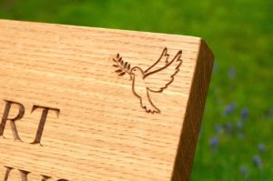 engraved-oak-grave-stone-makemesomethingspecial.co.uk