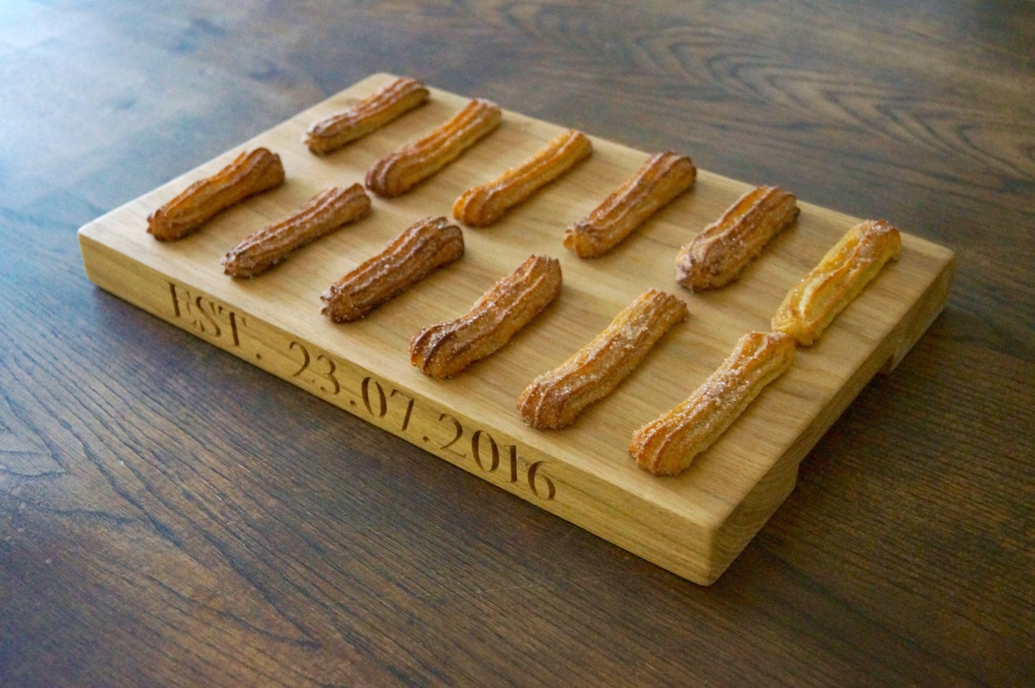 great-british-bake-off-wooden-serving-boards-makemesomethingspecial.com