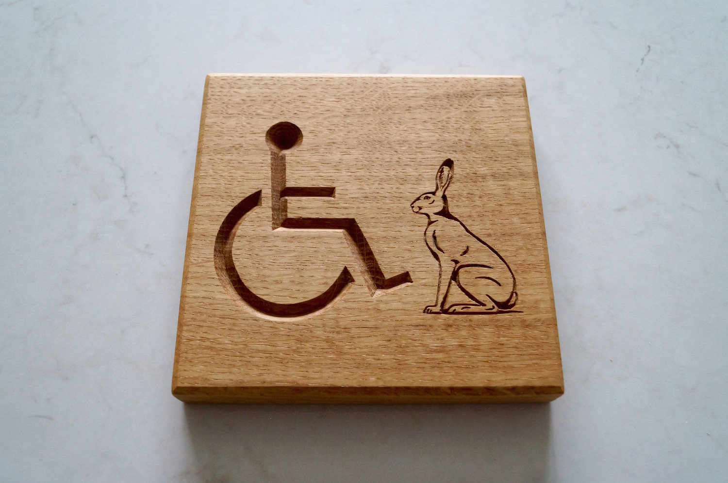 wooden-disabled-toilet-signs-makemesomethingspecial.com