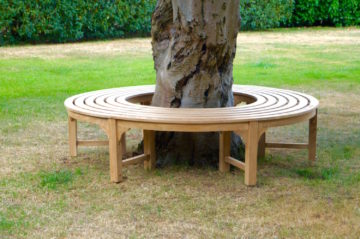 round-wooden-bench-seat-uk-makemesomethingspecial.com