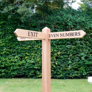 personalised-arrow-sign-posts