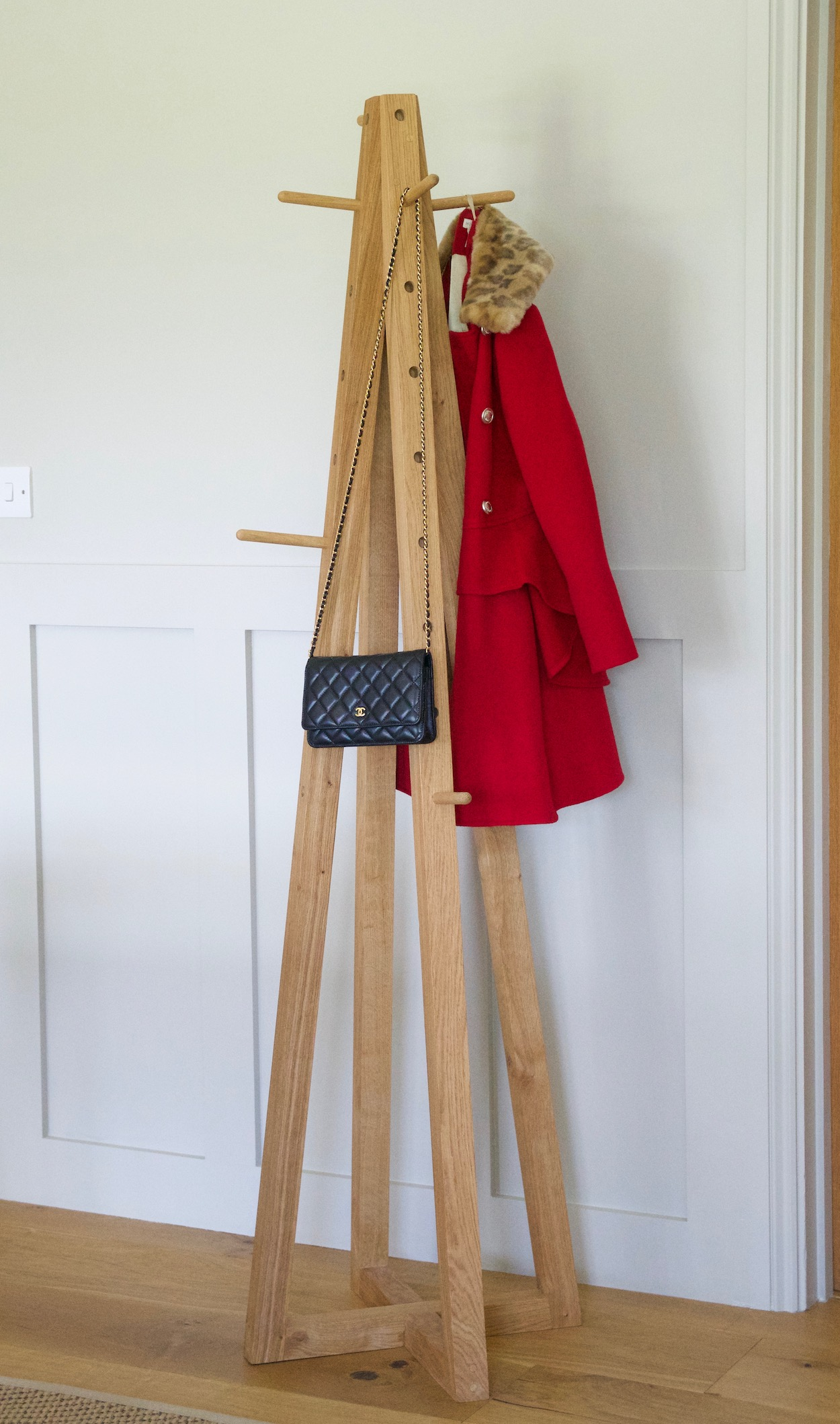 handmade-oak-coat-rack-stand