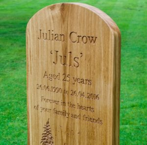 carved-oak-large-headstone